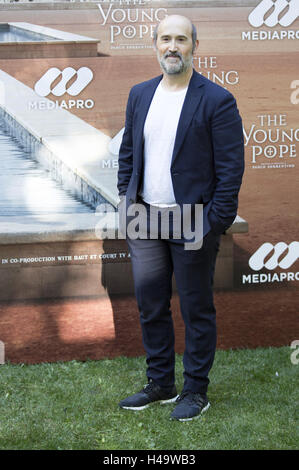 Madrid, Spain. 11th Oct, 2016. Javier Camara attends the 'The Young Pope' photocall at the Italian Embassy to Spain - Stock Photo