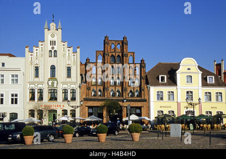 Germany, Mecklenburg-Western Pomerania, Wismar, old town, market square, terrace, town house, 'Alter Schwede', - Stock Photo
