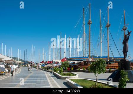 Turkey, province of Mugla, Marmaris, harbour promenade - Stock Photo