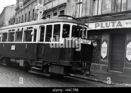 Eine Straßenbahn Richtung Ratibor in Breslau, Niederschlesien, Deutsches Reich 1930er Jahre. A tram in the direction - Stock Photo
