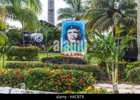Ché Guevara Portrait, historical steam locomotives exhibit and nostalgic railway on the area the sugar museum Marcelo - Stock Photo