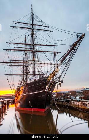 Ship bow, sea water, boat, vessel, nautical, transportation, blue, ocean, travel, transport, Dundee, Scotland, UK. - Stock Photo