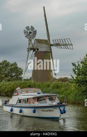 Turf Fen Windmill, near Ludham, Norfolk, England - Stock Photo