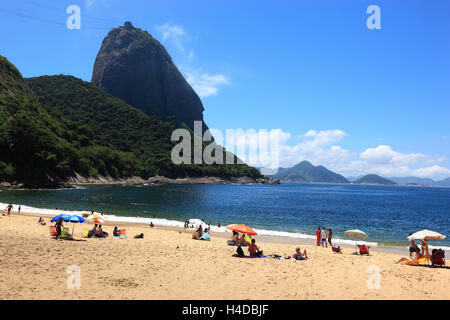Look out to the sugar loaf the south, from the beach Praia Vermelha from seen, Rio de Janeiro, Brazil - Stock Photo