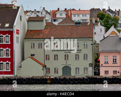 Traditional harbour building in front of Stavanger old town - Stock Photo