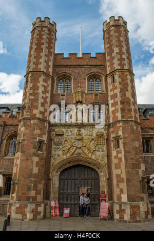 Entrance to St John's College, Cambridge, Cambridgeshire, England - Stock Photo