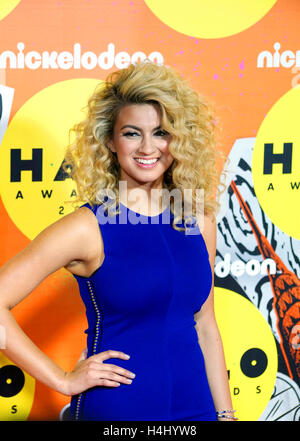 Singer Tori Kelly on the orange carpet at the 2015 Nickelodeon HALO Awards in New York City on November 14, 2015. - Stock Photo