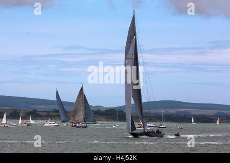 J-Class yachts 'Raianbow', 'Velsheda' and 'Lionheart' prepare for the start of Race 2 of the J Class Solent Regatta, - Stock Photo