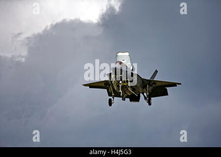 Royal Air Force Lockheed Martin F-35B Lightning ll, Joint Strike Fighter, VMFAT/501, ZM137 at RAF Fairford, Gloucestershire, - Stock Photo