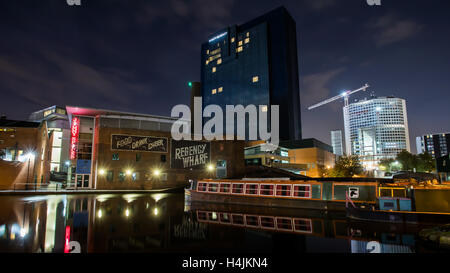 Early morning Regency Wharf, Birmingham canal basin, UK. - Stock Photo