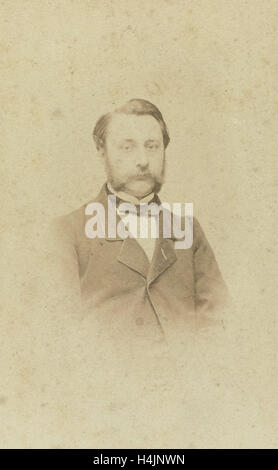 Portrait of a man with mustache, Lambertus Martinus Delboy, 1860 - 1880 - Stock Photo