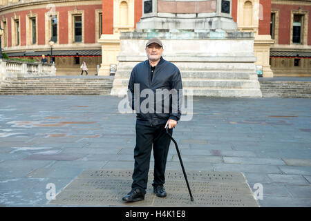 London UK, 17th October 2016. British artist Phil Collins photocall and press conference at Royal Albert Hall. Collins - Stock Photo