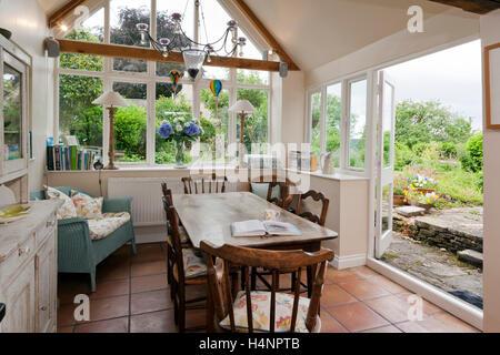 A Shabby Chic Dining Room Garden Room   Stock Photo