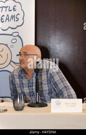 GRAMMY® Award-winning singer-songwriter Phil Collins announces the upcoming Little Dreams Foundation Benefit Gala - Stock Photo