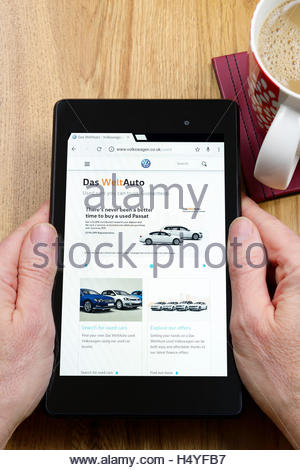 Das WeltAuto websiteshown on a tablet computer, Dorset, England, UK - Stock Photo