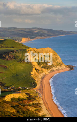 Golden Cap, Dorset, UK.  18th October 2016.  UK Weather.  Easterly view of the Jurassic Coast of Dorset looking - Stock Photo