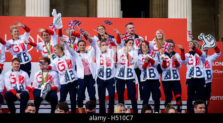 London UK 18 October 2016 Olympic Team GB and Paralympic GB Enjoy the Heroes Return event in Trafalgar Square Credit: - Stock Photo