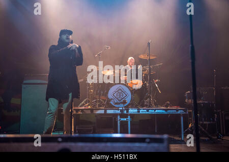 London, UK. 18th October, 2016. Rob Allen of Augustines performs onstage at 02 Forum Kentish Town, on October 18, - Stock Photo