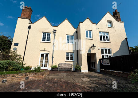 Place House and community gardens, Ware, Hertfordshire - Stock Photo