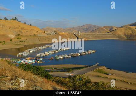 Lake Kaweah reservoir, Tulare County CA (San Joaquin Valley) - Stock Photo