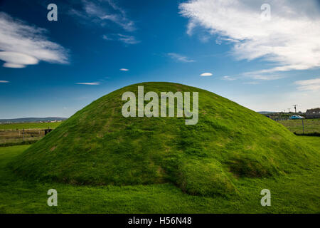 Unstan Neolithic chambered cairn on Mainland, Orkney, Scotland, UK - Stock Photo