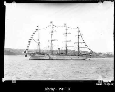 KAIWO MARU dressed overall with flags, Sydney Harbour - Stock Photo
