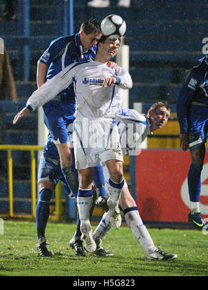 George Beavan of Grays rises above Tim Sills of Torquay - Grays Athletic vs Torquay United - Blue Square Premier - Stock Photo