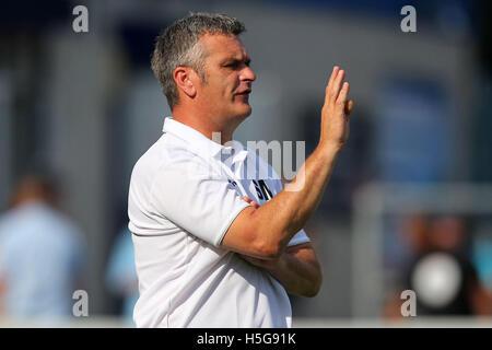 Redbridge vs Barkingside - Ryman League Division One North Football at Oakside, Barkingside - 26/08/13 - Stock Photo
