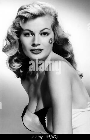 ANITA EKBERG (1931-2015) Swedish-Italian film actress about 1956 - Stock Photo