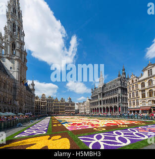 The 2016 Carpet of Flowers in the Grand Place (Grote Markt) with the Town Hall to the left, Brussels, Belgium. - Stock Photo