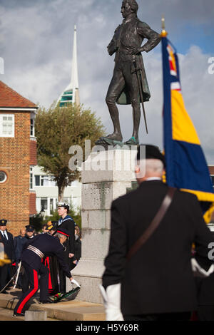 Lord-Lieutenant of Hampshire, NIGEL ATKINSON lays a wreath at the statue of Lord Nelson in Old Portsmouth. Lord - Stock Photo