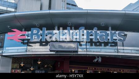 Blackfriars station LONDON, ENGLAND - FEBRUARY 22, 2016 - Stock Photo