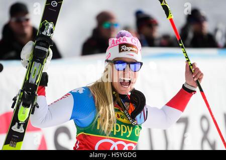 Solden, Austria. 22nd Oct, 2016. Lara Gut of Switzerland celebrates after winning the FIS World Cup Ladies Giant - Stock Photo