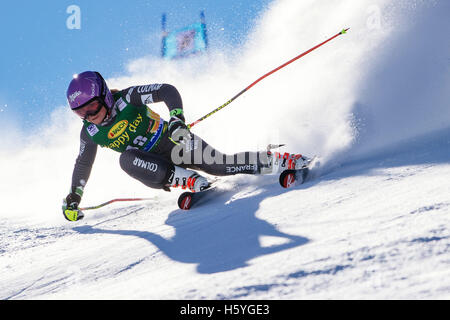 Solden, Austria. 22nd Oct, 2016. Tessa Worley of France competes during the first run of FIS World Cup Ladies Giant - Stock Photo
