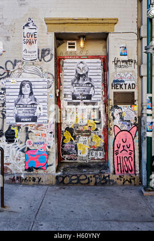 The doorway to the home where Jean-Michel Basquiat lived on Great Jones Street in the East Village, downtown, New - Stock Photo