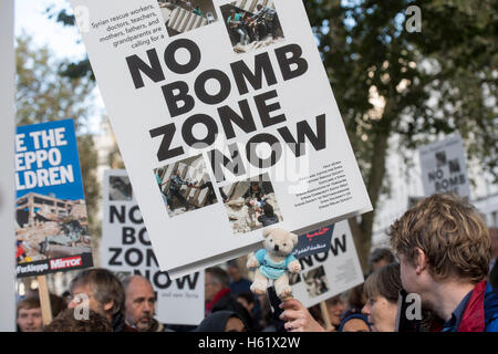 Downing Street/Whitehall. protestors in Whitehall calling on the government save the children of Aleppo - Stock Photo