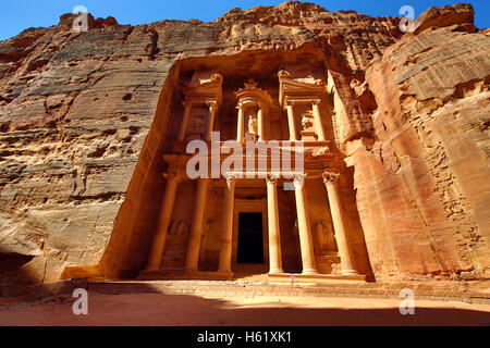 View of the Treasury, Al-Khazneh, Petra, Jordan - Stock Photo