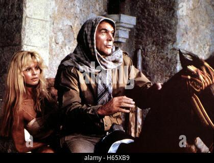 James Bond 007 - Sag niemals nie, USA 1983 aka. Never Say Never Again, Director: Irvin Kershner, Actors/Stars: Sean - Stock Photo