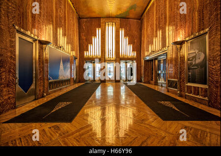 Lobby chrysler building art deco lexington avenue for Chrysler building lobby mural