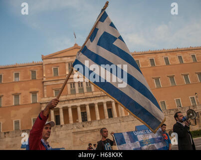 Athens, Greece. 23rd Oct, 2016. Greek citizens demonstrate in Syntagma Square against the Greek austerity. and the - Stock Photo