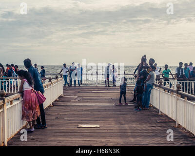 Colombo, Sri Lanka. June 10th 2016. Locals enjoy the Galle Face Green area of Colombo, Sri Lanka in the evening. - Stock Photo