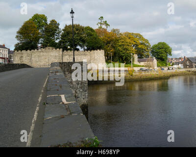 View across Cardigan Bridge to Castle in ancient historic market town Ceredigion Mid Wales UK castle  a Grade 11 - Stock Photo