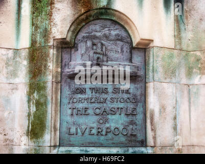 Plaque to the 13th century Castle of Liverpool and demolished in the 18th century, Where the Victoria Monument stands, - Stock Photo