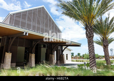 Daytona Beach Florida Museum of Arts & Sciences MOAS Cici and Hyatt Brown Museum of Art front entrance - Stock Photo