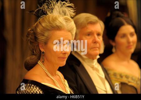 EMMA THOMPSON & DEREK JACOBI EFFIE GRAY (2014) - Stock Photo