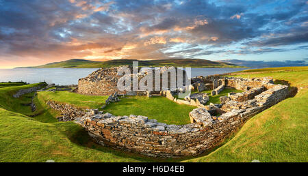 he Broch of Gurness is a rare example of a well preserved brooch village. Dating from 500 to 200BC - Stock Photo