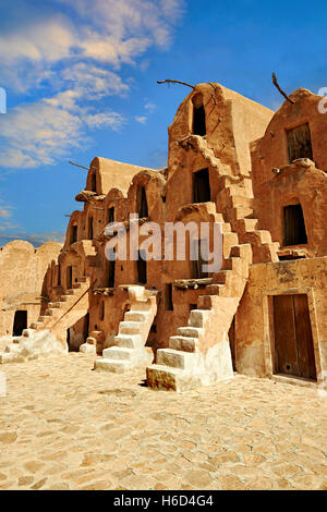 Ksar Ouled Soltane, Berber fortified adobe granary cellars, or ghorfas, northern Sahara in the Tataouine district, - Stock Photo