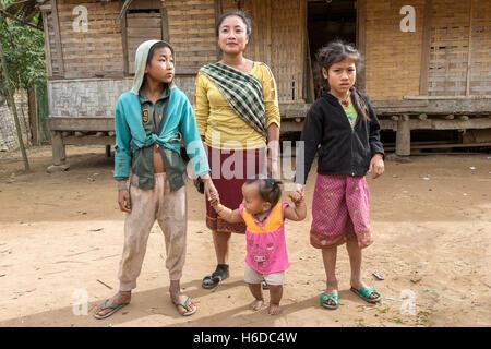 Sop Jam Village Nam Ou river Oudomxay province Laos -family - Stock Photo