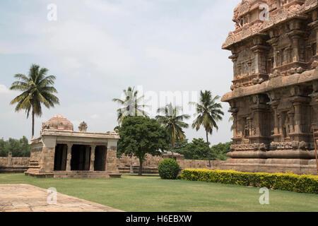Ganesh temple in the south west corner. Brihadisvara Temple complex, Gangaikondacholapuram, Tamil Nadu, India.View - Stock Photo