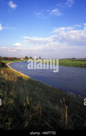 Germany, Lower Saxony, the river Weser in Kohlenstaedt near Rinteln. - Stock Photo